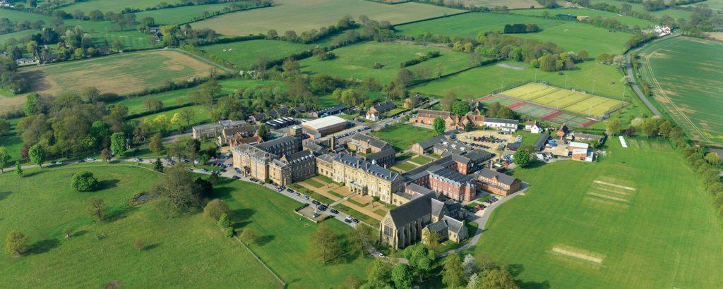 Unsere Partnerinternate in England: Hier das St. Edmunds College