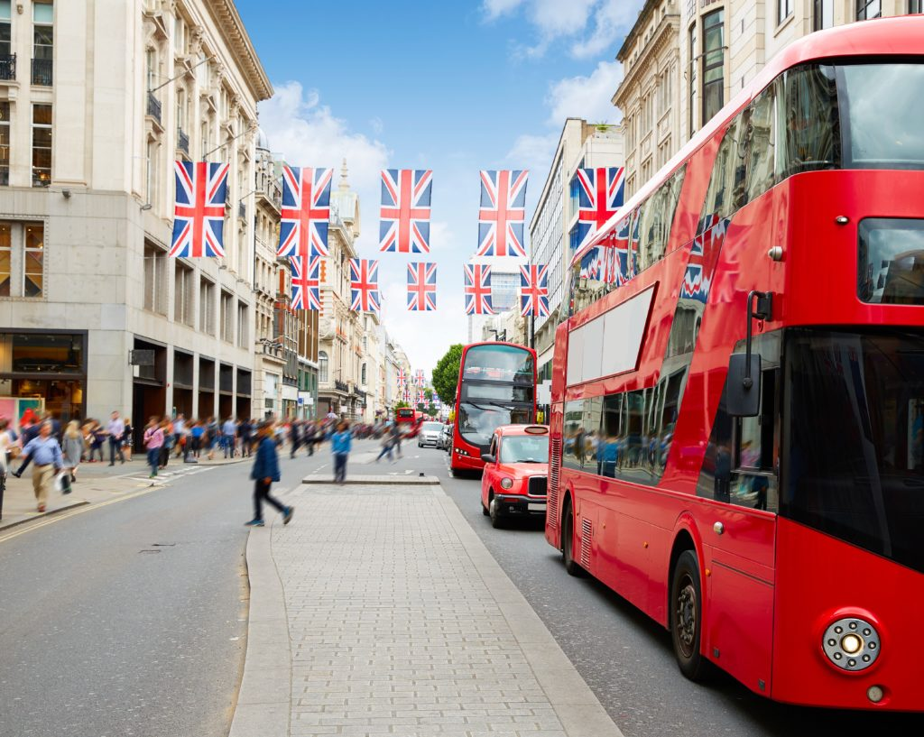 Schüler einer Sprachschule in London machen einen Ausflug