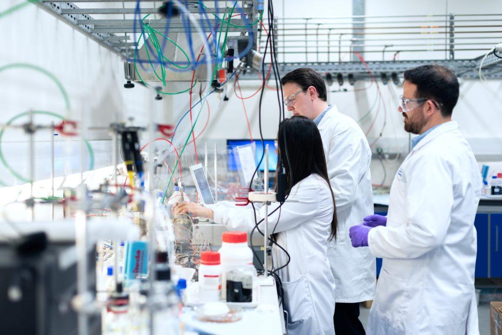 Ein Internat für Hochgebagte im Labor