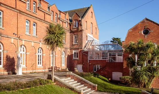 Englisches Internat Trinity School